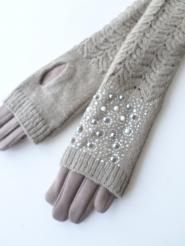 Перчатки, варежки.